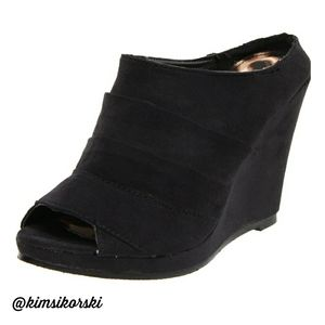NEW Rampage Faramar Black Peep Toe Wedge Clog 9½